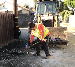 Lynwood Public Works Keeps Lynwood Looking Good!
